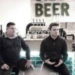 Csak ülünk és mesélünk – rendhagyó kóstoló a Lippai testvérek párlataiból